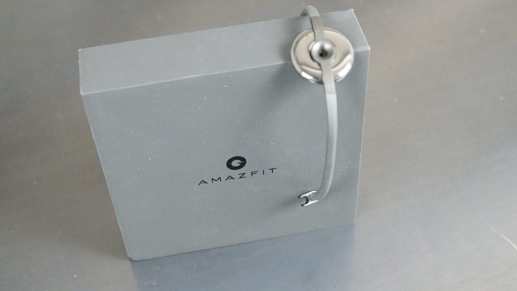 Стильный фитнес-трекер Amazfit Bracelet купить в Уфе
